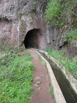 Vorsicht Tunnel