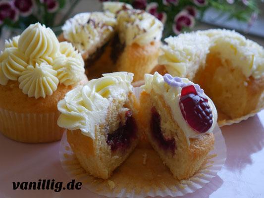 Cupcake, Rezept, Basis Rezept für Cupcake, Muffin, Cupcake mit Beeren, Cupcake mit Füllung