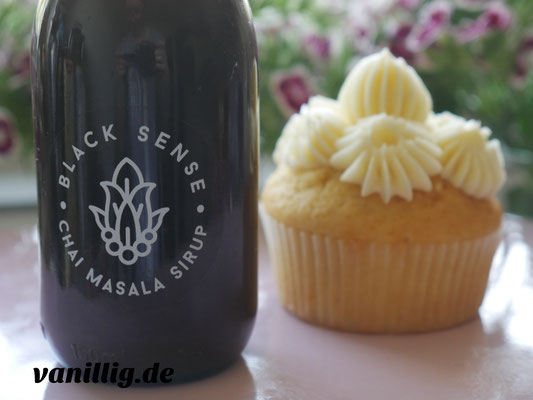 cupcake, Basisrezept für Cupcake, vanillig.de, Cupcake, Rezept, Basis Rezept für Cupcake, Muffin, Cupcake mit Beeren, Cupcake mit Füllung