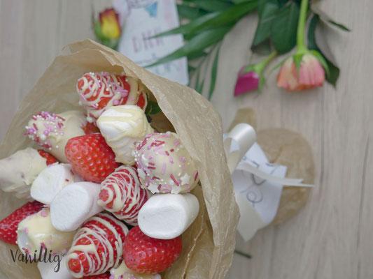 DIY Erdbeeren Strauss zum Muttertag oder Valentinstag