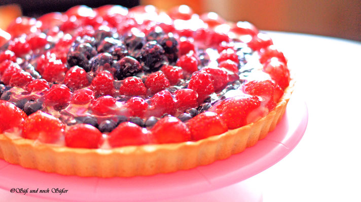 Tarte mit Beeren, Panna Cotta, Rezept, backen, Kuchen, panna cotta. tarte, tarte mit frischen beeren, sommernachtisch, tarte,