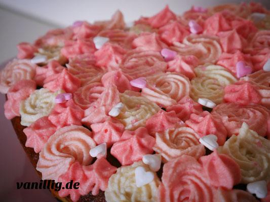 Valentinstag, valentinstorte, herztorte, torte, Schokotorte, Buttercreme, Buttercremetorte