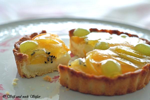 Tartelettes mit Früchten, Baken, kleine Kuchen, Tarte, Tartelletes mit früchten, Rezept zum Backen, Rezept für Tarte, Rezept für Tartelettes