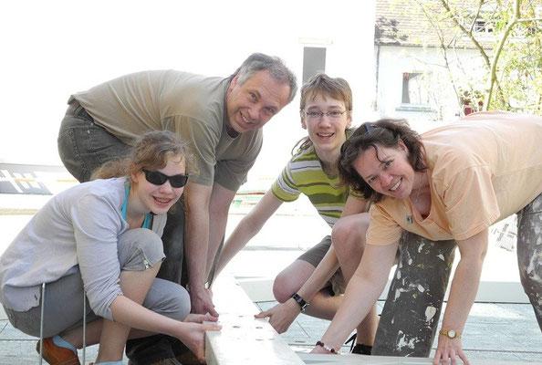 10. Bauherren beim Aufbau Ihres Carports