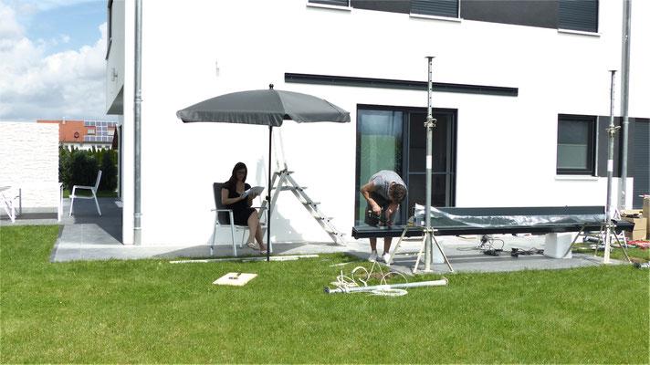 4. Bauherren beim Aufbau Ihres Terrassendachs