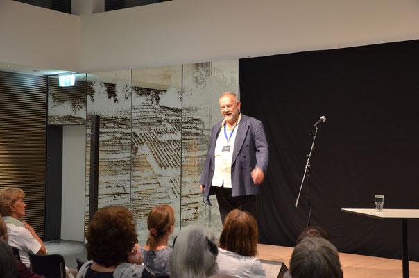 Christoph Hürlimann begrüsst