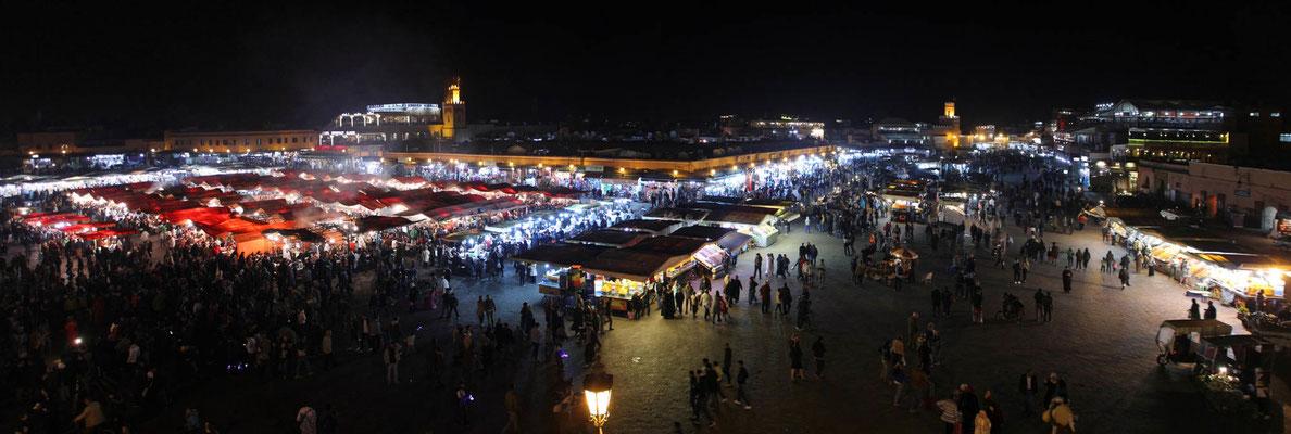 Djemaa el Fna in Marrakesch, würdiger Abschluss einer schönen Skitourenreise nach Marokko
