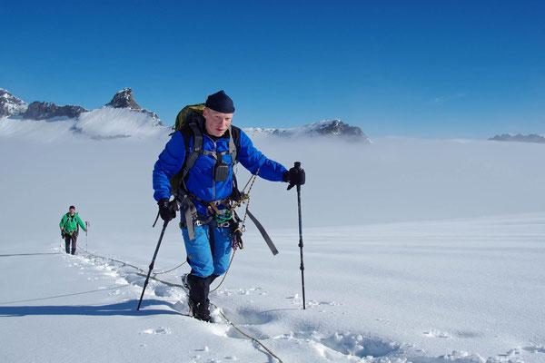 Am Gletscher über den Wolken unterwegs zum Großvenediger