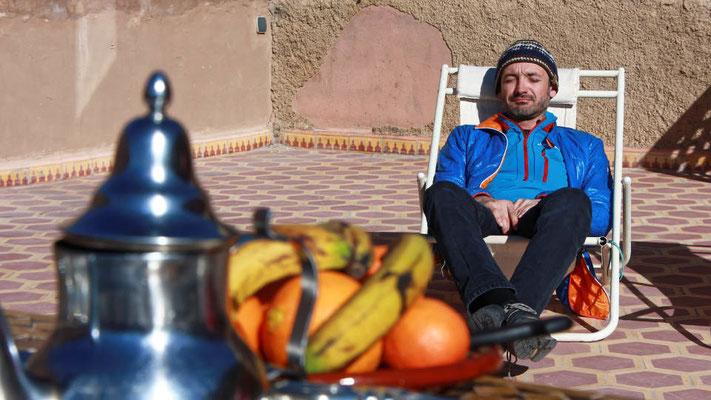 Gut verköstigt kann man sich auf die ersten Skitouren in Marokko vorbereiten