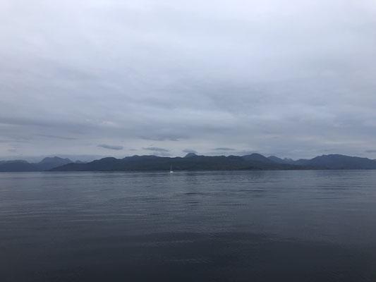 Die Insel weint, als wir sie mit der Fähre verlassen, is doch klar!