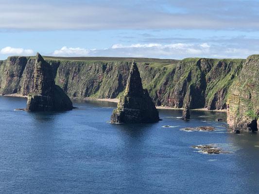 Duncansby Sticks, am Duncansby Head, dem nordöstlichsten Punkt des englischen Festlandes.