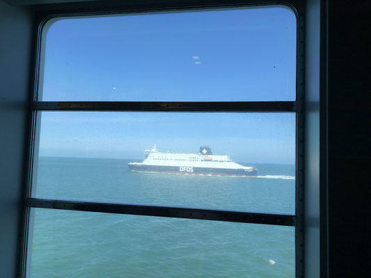 Wir schippern von Calais nach Dünkirchen.