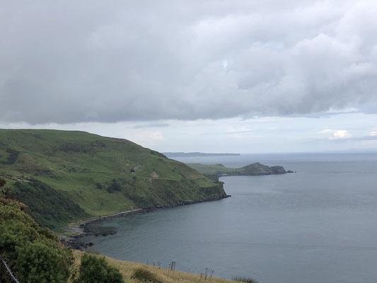 Wir fahren entlang der Nordküste in den Westen (County Sligo).