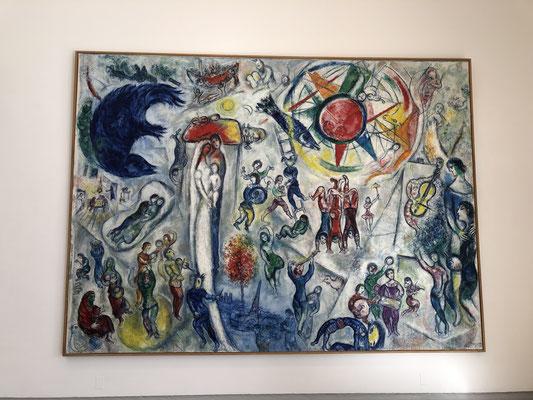 """Die Fondation Maeght in Saint-Paul-de-Vence ist ab sofort mein Lieblingsmuseum (der Museumsbau, der Park, die Präsentation, die fantastischen Bilder und tollen Skulpturen); Marc Chagalls Bild: """"Das Leben""""."""