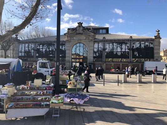 Die Markthalle von Narbonne ist ein Traum, äußerlich und auch die inneren Werte sind empfehlenswert!