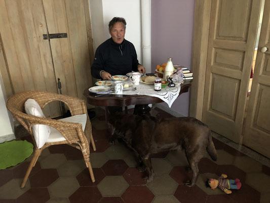 Frühstück in Ercolano