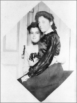 Blanche Gosselin et Yvette Desbiens