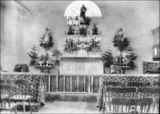 Intérieur de l'église à Baie Ste-Claire