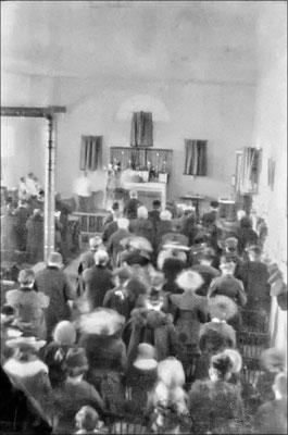 Service religieux à l'église