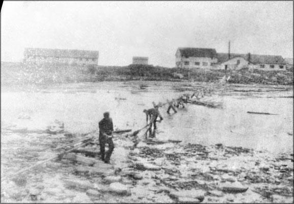 Tuyau d'évacuation, Baie Ste-Claire vers 1900