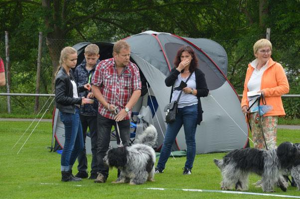 Barney mit seiner Familie