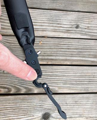 Hartgummieinlage am Adapter für eine formschlüssige Verbindung zur Achse