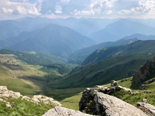 Strada dei Cannoni - Blick ins Tal