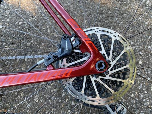 Sram Level TL Hinterradbremse mit 160 mm Centerline Bremsscheibe