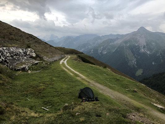 Zelten auf der Brenner Grenzkammstraße