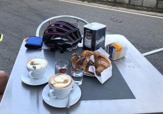 Frühstück in Montecreto