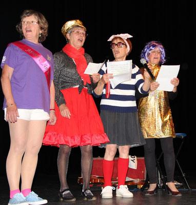 Nos chanteuses Christiane, Monique, Huguette et Chantal
