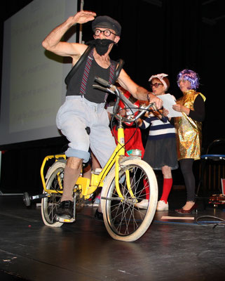Cyclo : André