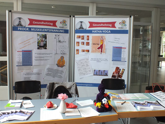 Businessyoga, Yoga Neuss Yoga Düsseldorf PME Gesundheitsprävention Gesundheit Entspannung Gesundheitsvortrag Gesundheitstage Gesundheitstag Gesundheit