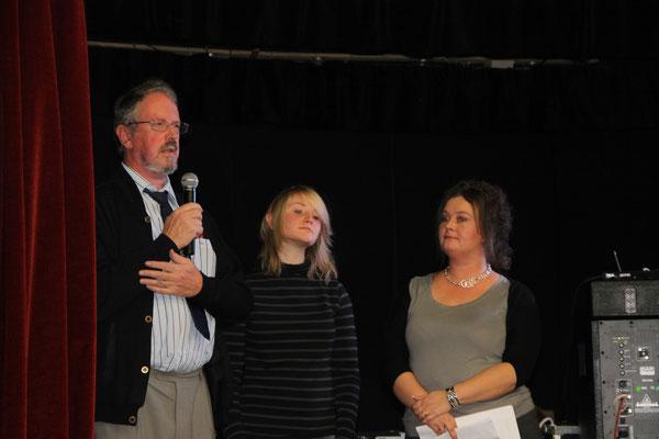 Remise de 2 dons par Mr Marc Standaert et sa fille, de la part du Lions Club Athus Lorraine
