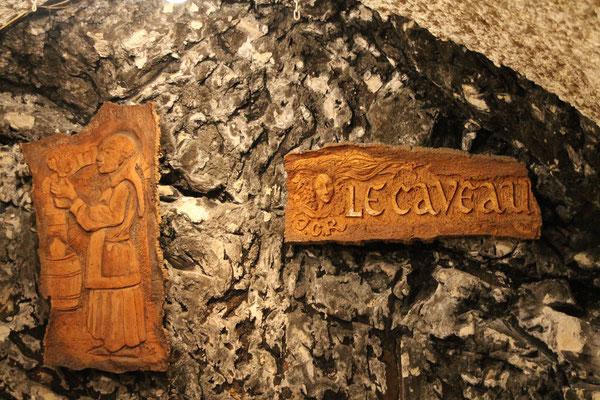 """Restaurant """"Le Caveau"""""""