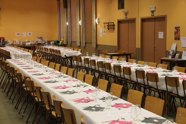 Notre salle à Fouches prête à accueillir 144 personnes.