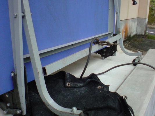 卓球台の修理