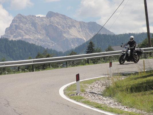 Das ist noch ein eher großer Kurvenradius in Südtirol