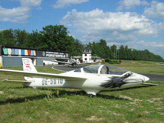 OE-5610 MDM-1 Fox - doppelsitziges Segelkunstflugzeug von meinen Freunden aus Tulln, das lässige Design gibt's heute nicht mehr.
