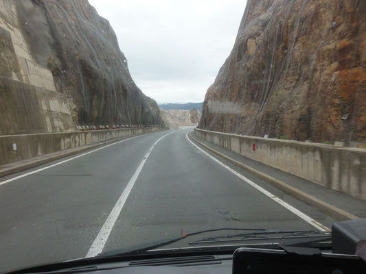 Auffahrt zur Krk-Brücke zum Festland