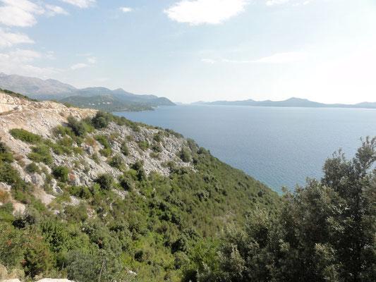 Küste am Weg nach Dubrovnik