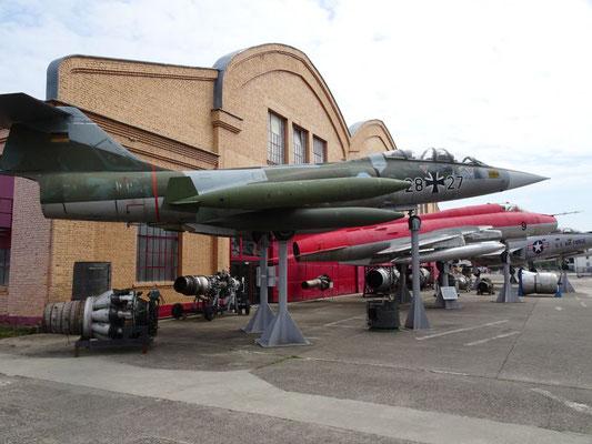 Lockheed F-104 Starfighter, Witwen-Macher, alleine die Bundeswehr hat 300 Abstürze verbucht