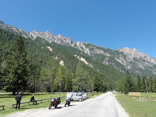 Die 12 Kilometer im Rautal bis zur Pederü-Hütte sind wie ein riesiger Park - Traumhafte Gegend.