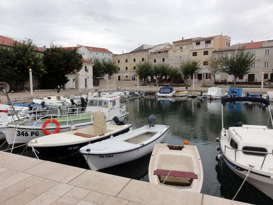 Hafen von Pag