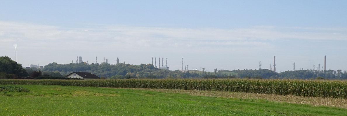 Skyline der OMV Raffinerie Burghausen