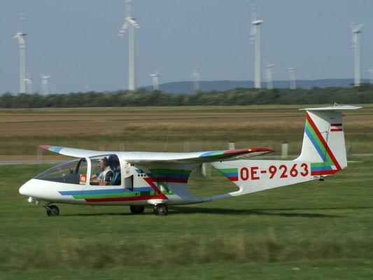 OE-9263 Brditschka HB23/2400 . Schul-, Reise- und Schleppflugzeug meiner Freunde aus Altlichtenwarth, eigenartiges Flugzeug, lustig zu fliegen, Made in Austria.