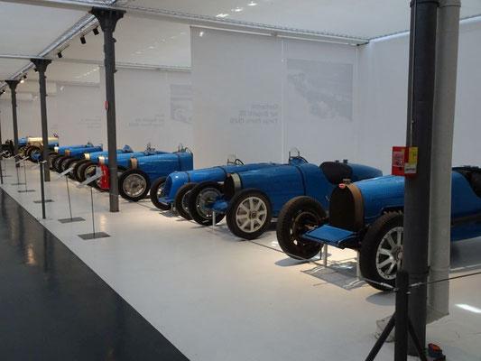 Bugatti-Parade
