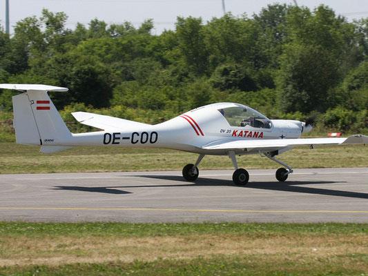 OE-COO Diamond DA-20 Katana - Schul- und Reiseflugzeug meines Heimatvereines in Stockerau, made in Austria, war früher die D-EMPL.