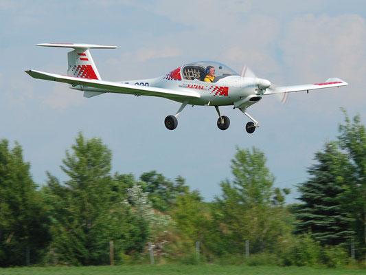 OE-CBR Diamond DA-20 Katana - Schul- und Reiseflugzeug meines Heimatvereines in Stockerau, mit dem ich die PPL-Prüfung gemacht habe, made in Austria.