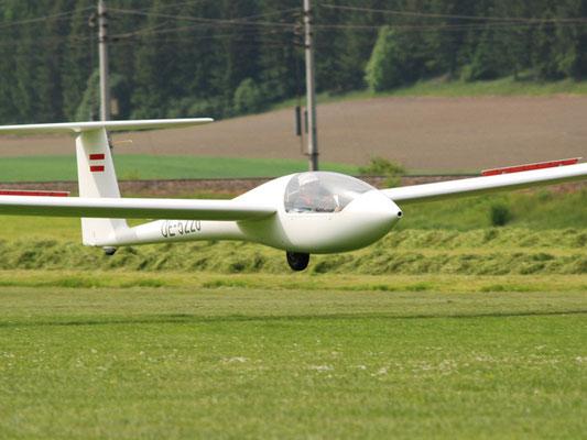 OE-5226 Grob G102 Astir CS Jeans - Segelflugzeug meines Heimatvereines in Stockerau, mein erstes einsitziges Segelflugzeug, spannender Erstflug.